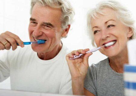 ضرورت سلامت دهان و دندان در سالمندی