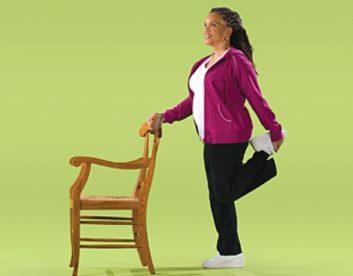 تمرین انعطاف پذیری ران (ایستاده) تمرین های انعطاف پذیری